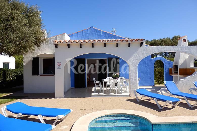 Location de vacances minorque appartements maisons et for Jardin hormiguita viajera villa bosch