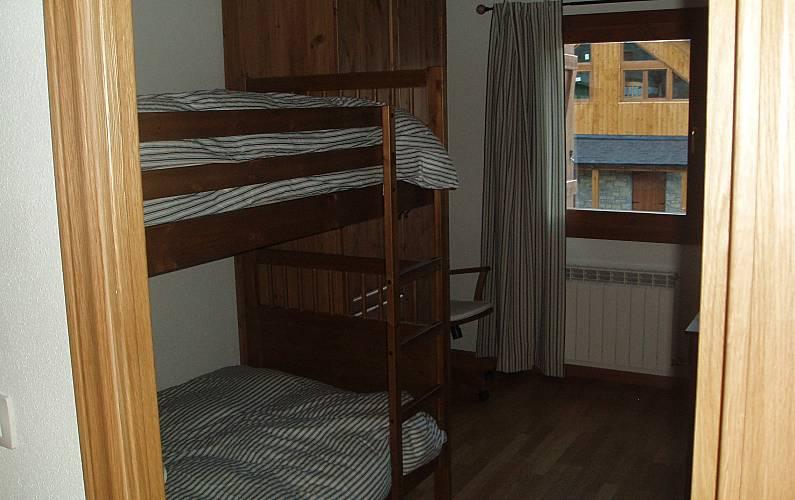 House Bedroom Huesca Sallent de Gállego House - Bedroom