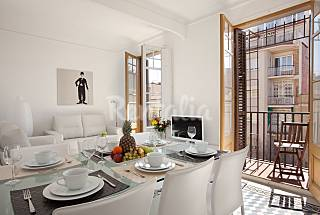 Apartment for 3-7 people in the centre of Barcelona Barcelona