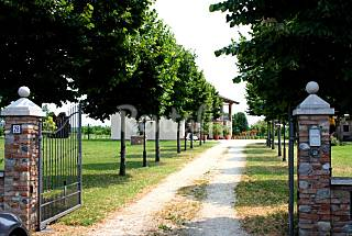 Villa de 3 habitaciones con jardín privado Brescia