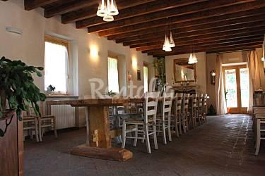 da creativo sala Rustica pranzo : Tipico Cascinale Cascina Serenella 10 posti letto - Calcinatello ...