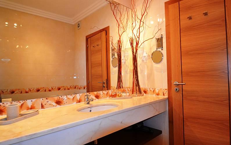 Unique Bathroom Algarve-Faro Silves Apartment - Bathroom
