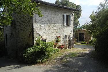Casa in affitto con giardino privato assisi perugia strada dei vini del cantico - Case in affitto con giardino ...