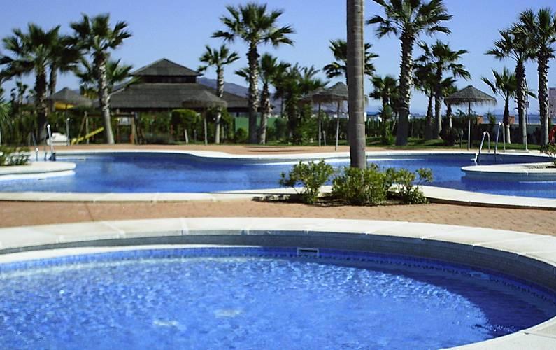 1 linea de playa el playazo vera playa vera costa for Jardin 88 doris vera hermoza