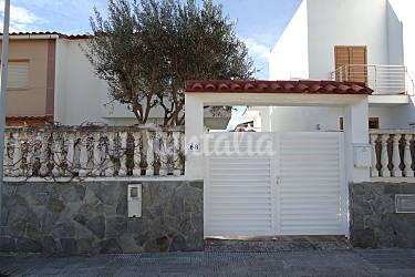 Huis met 3 slaapkamers op 50 meter van het strand torredembarra tarragona costa dorada - Huis van kind buiten ...