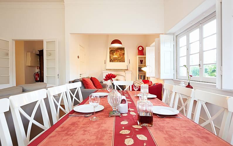 The Dining-room Lisbon Sintra villa - Dining-room