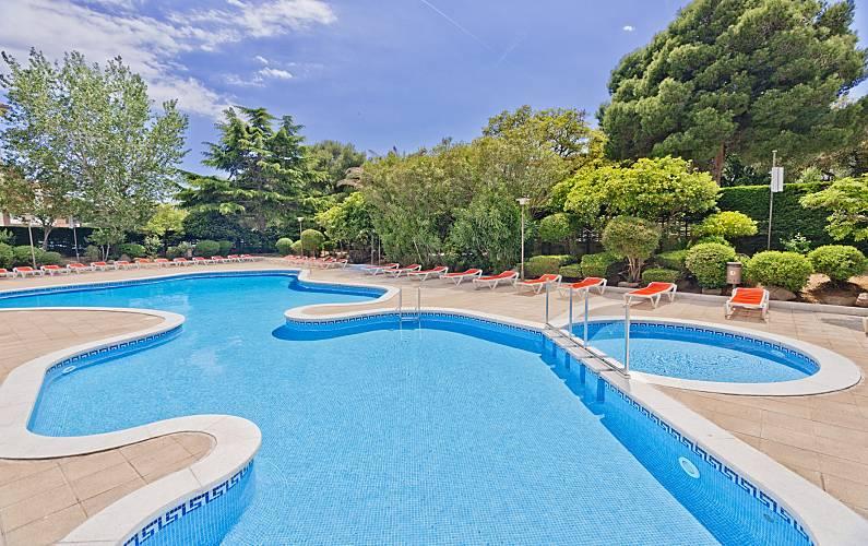 6 modernos apartamentos con piscina cerca de playa tossa - Piscina devesa girona ...