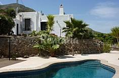 Casa de 3 habitaciones a 4 km de la playa Almería