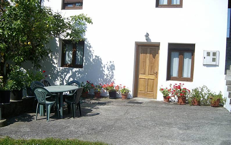Haus f r 6 8 personen 4 km bis zum strand guemes - Guemes cantabria ...