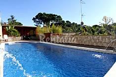 Jolie Villa Kamuz avec piscine, internet, terrasse Gérone