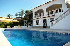 Villa pour 8 personnes à 7 km de la plage Gérone
