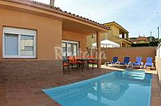 Villa with 4 bedrooms at 3 km from the beach Girona