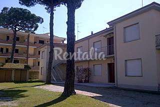 Apartamento para 5-7 personas a 100 m de la playa Ferrara