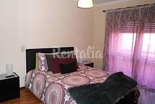 Apartamento de 2 habitaciones a 2 km de la playa Oporto