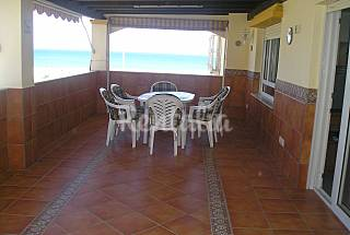Apartamento en 1ª línea de playa,wifi, a/a,3 dorm Almería