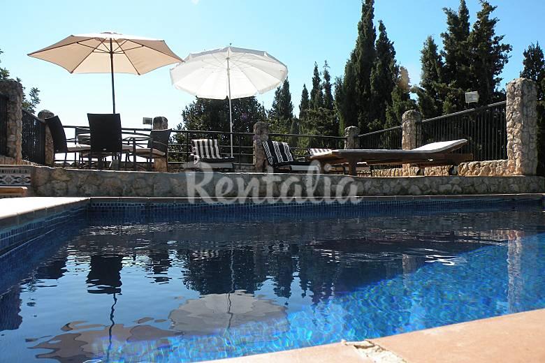 Maison de 4 chambres avec piscine son ferriol palma de for Maison palma de majorque