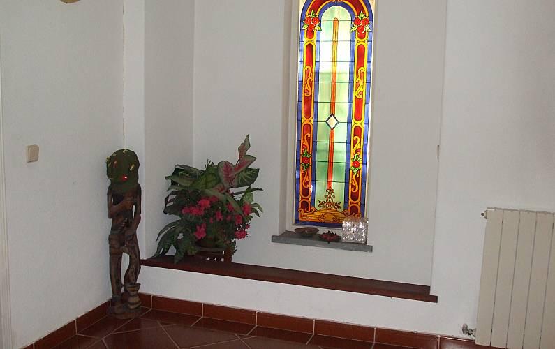 Perto Interior da casa Setúbal Seixal vivenda - Interior da casa