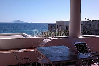 House for 4-5 people only 50 meters from the beach Messina
