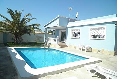 d4f0cb337ba0b Bonito chalet con piscina privada cerca del mar Castellón - Exterior del  aloj.