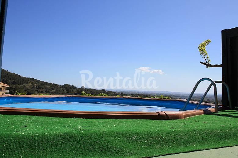 4 casa juntas de 14 a 50 personas piscina playa salou for Piscina playa precio