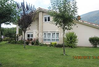 Villa with 5 bedrooms 10 km from the beach Cantabria