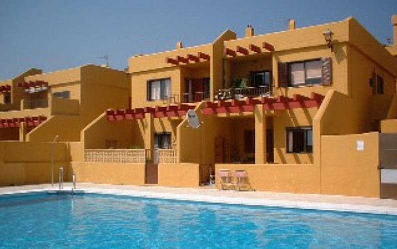 Apartment with 3 bedrooms on the beach front line Cádiz - Swimming pool