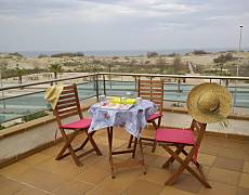 House for rent on the beach front line Tarragona