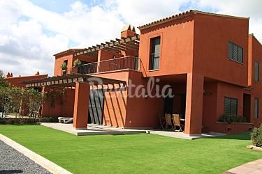 4 Parte esterna della casa Tarragona Mont-roig del Camp Case