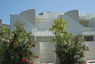 House with 2 bedrooms only 50 meters from the beach Lecce