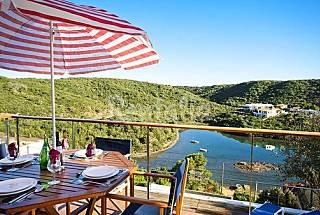 Villa Tarro con preciosas  vistas a Puerto Mahón Menorca