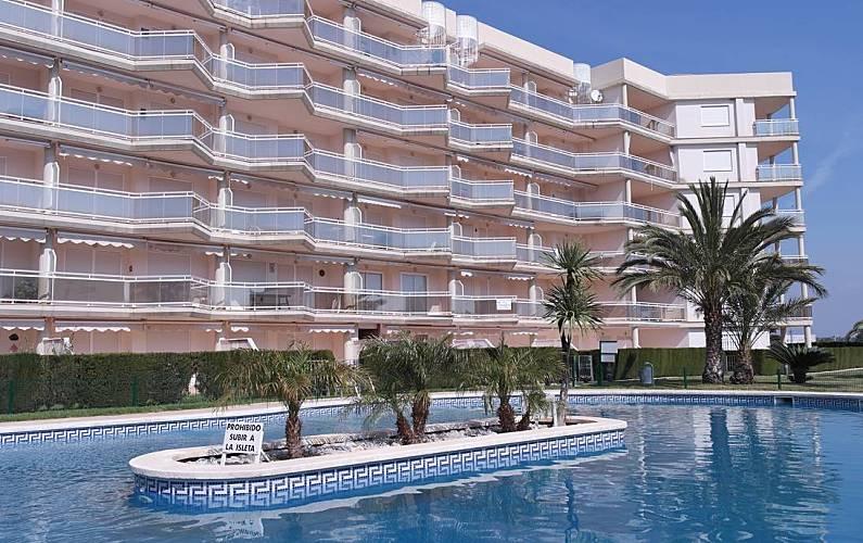 Bel appartement avec vue sur la mer miami playa mont for Alentour piscine