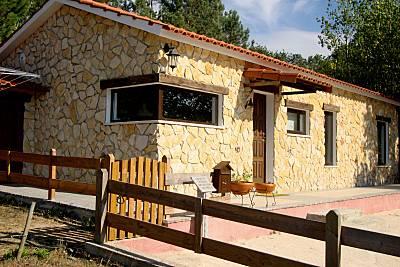 Casa da Valeira - Casa de Campo com piscina Leiria