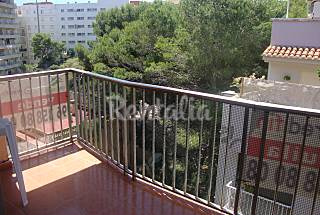 Apartment with 3 bedrooms only 150 meters from the beach Valencia