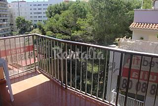 Apartamento de 3 habitaciones a 150 m de la playa Valencia