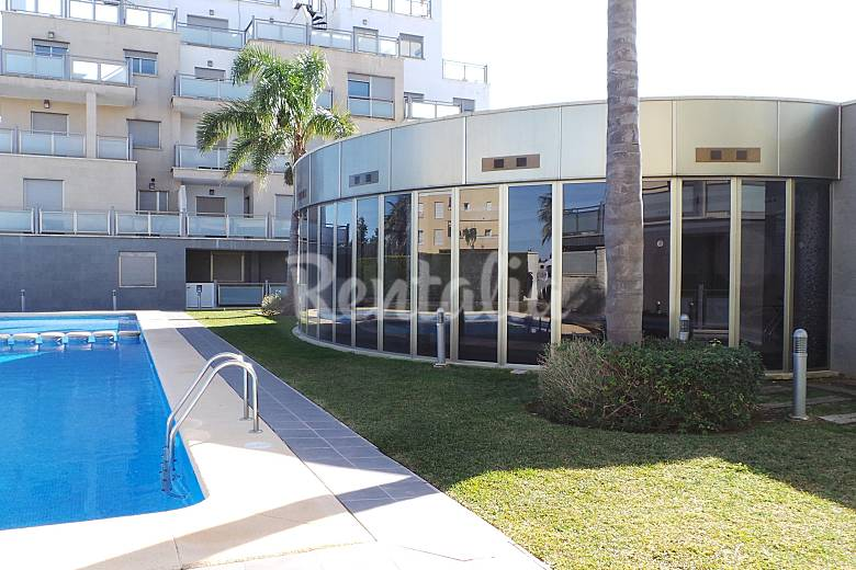 Tico en alquiler en oliva nova golf oliva playa oliva for Piscinas publicas valencia