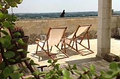 Apulian traditional house with terrace and 4 sleep Lecce