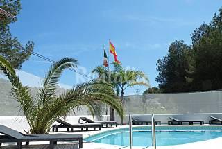Villa con pis piscina privada circa de la playa. Alicante