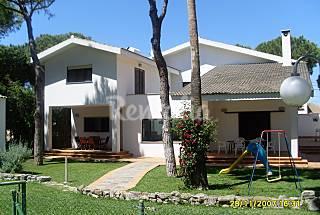 Villa for 8-10 people 4 km from the beach Cádiz