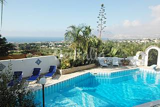 Villa for 14 people only 1500 meters from the beach Trapani