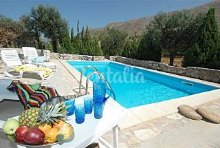 Villa for 7-8 people 4 km from the beach Trapani
