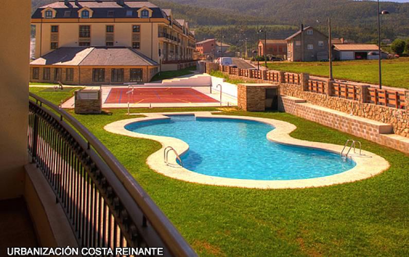 Apartamento en alquiler a 1500 m de la playa san miguel for Piscina municipal lugo