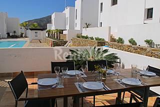 Lujosa Casa de 4 dormitorios en Playa Macenas Almería
