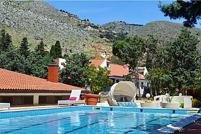 Vivenda com 4 quartos a 4 km da praia Palermo