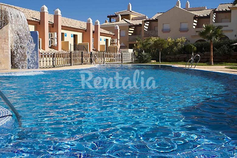 Casa en zahara de los atunes con piscina y padel zahara for Casas con piscina zahara delos atunes