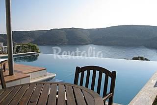 Ca la Gavina, casa con piscina e increibles vistas Girona/Gerona