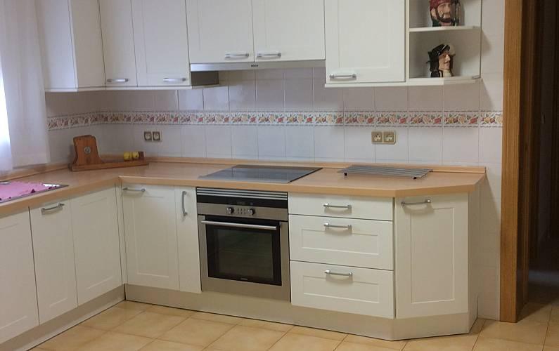 Magnificent Kitchen Málaga Torremolinos villa - Kitchen