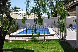 Villa La Marina. Piscine privé. Jardin.BBQ Alicante