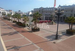 Apartments with 3 bedrooms only 150 meters from the beach Málaga