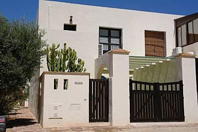 Casa para 6 personas (ampliable a 9) a 300m playa Almería