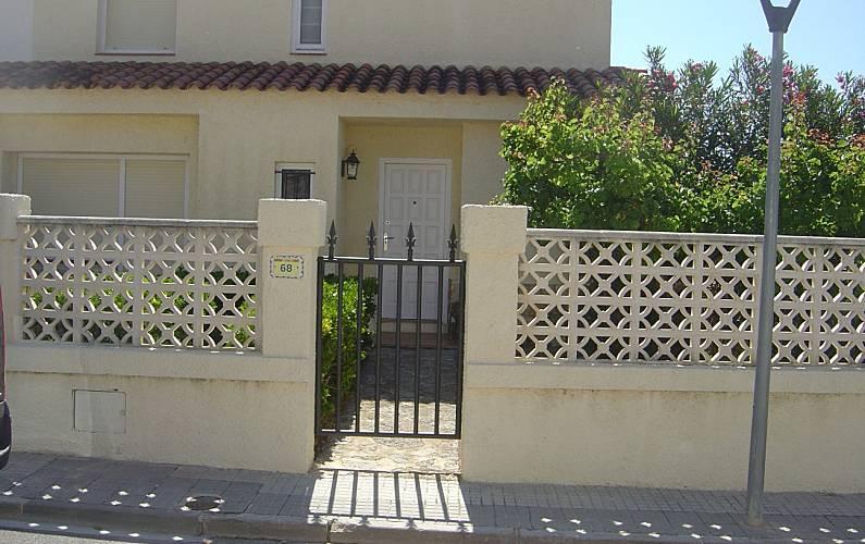 Villa Exterior del aloj. Tarragona L' Ampolla villa - Exterior del aloj.